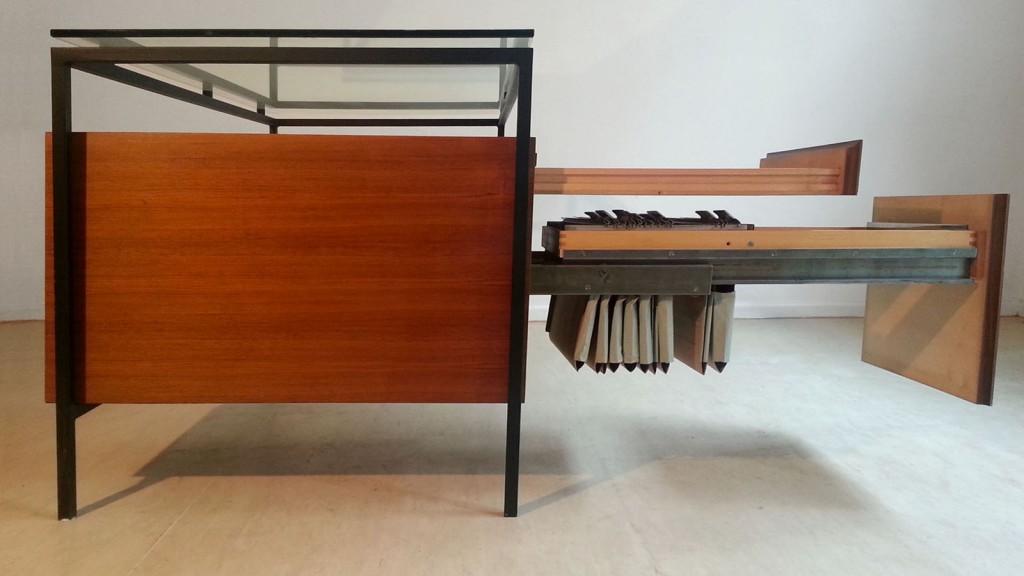 Desk-steel-glas-04